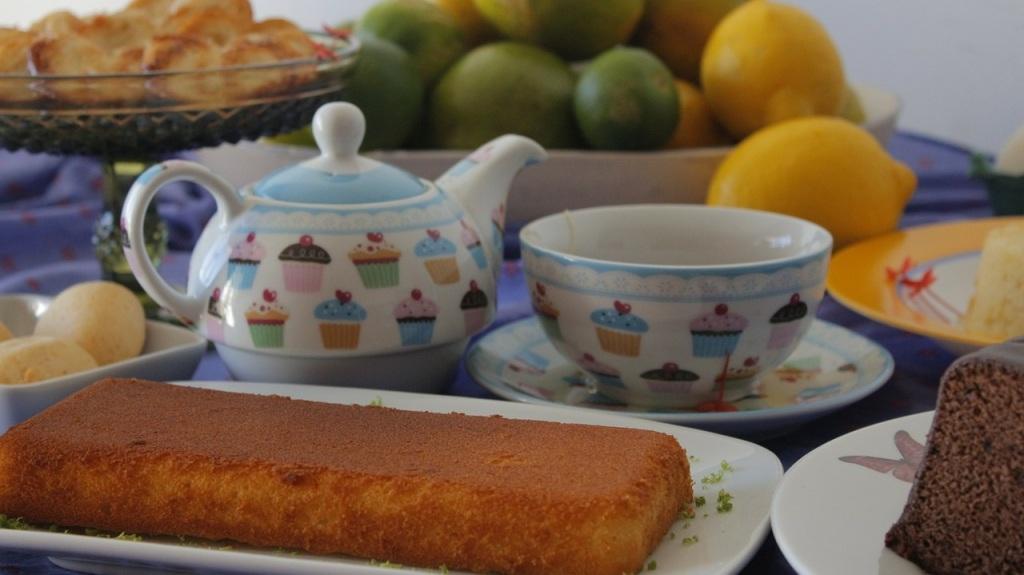 cakes-270616_1280